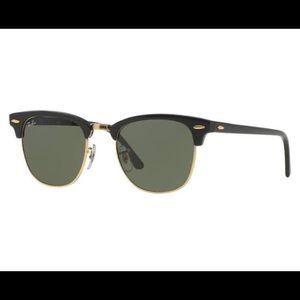 Black Ray-Ban Original Clubmaster Sunglasses